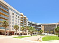 Dieser exklusive Luxus-Apartment-Komplex befindet sich in El Portixol  eine der begehrtesten Lagen von Palma de Mallorca
