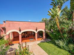 Charmante Villa umgeben von einem wunderschonem Garten in einem Wohngebiet mit Charakter in Costa de la Calma